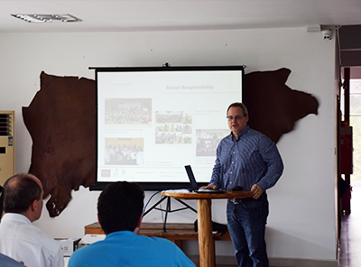 Tannery Tour Held for Students From Switzerland